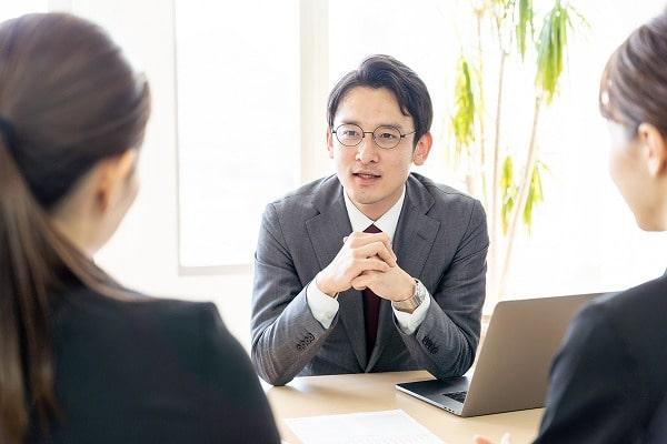 後払い現金化業者の相談を受ける司法書士